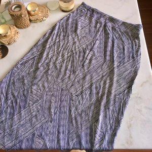 Liz Claiborne Geometric print Maxi skirt (black/wh